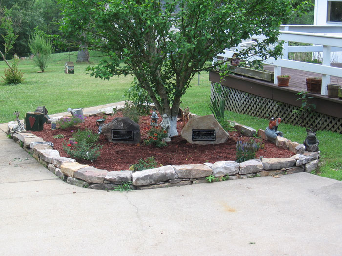 Landscaping ideas horse stall conversions garden edging for Tree landscaping ideas